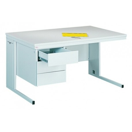 Офисный металлический стол с тремя ящиками
