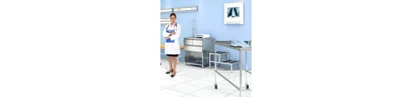 Медицинские столы и столики